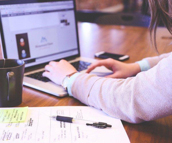Własny biznes – czy warto mieć swoją firmę?