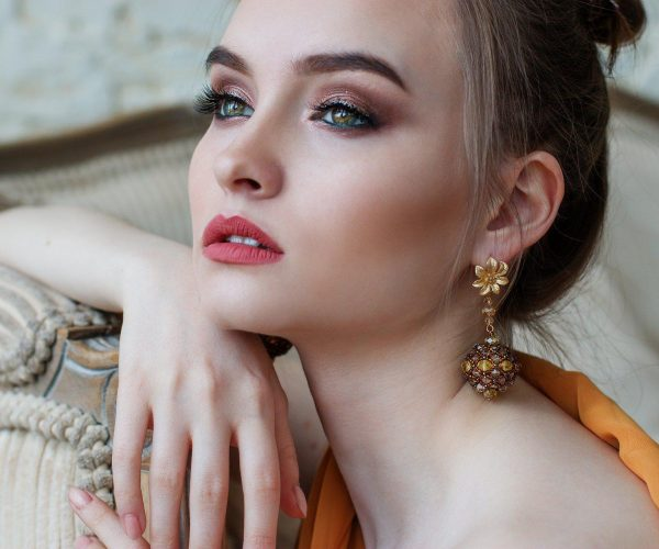 Tajniki trwałego makijażu