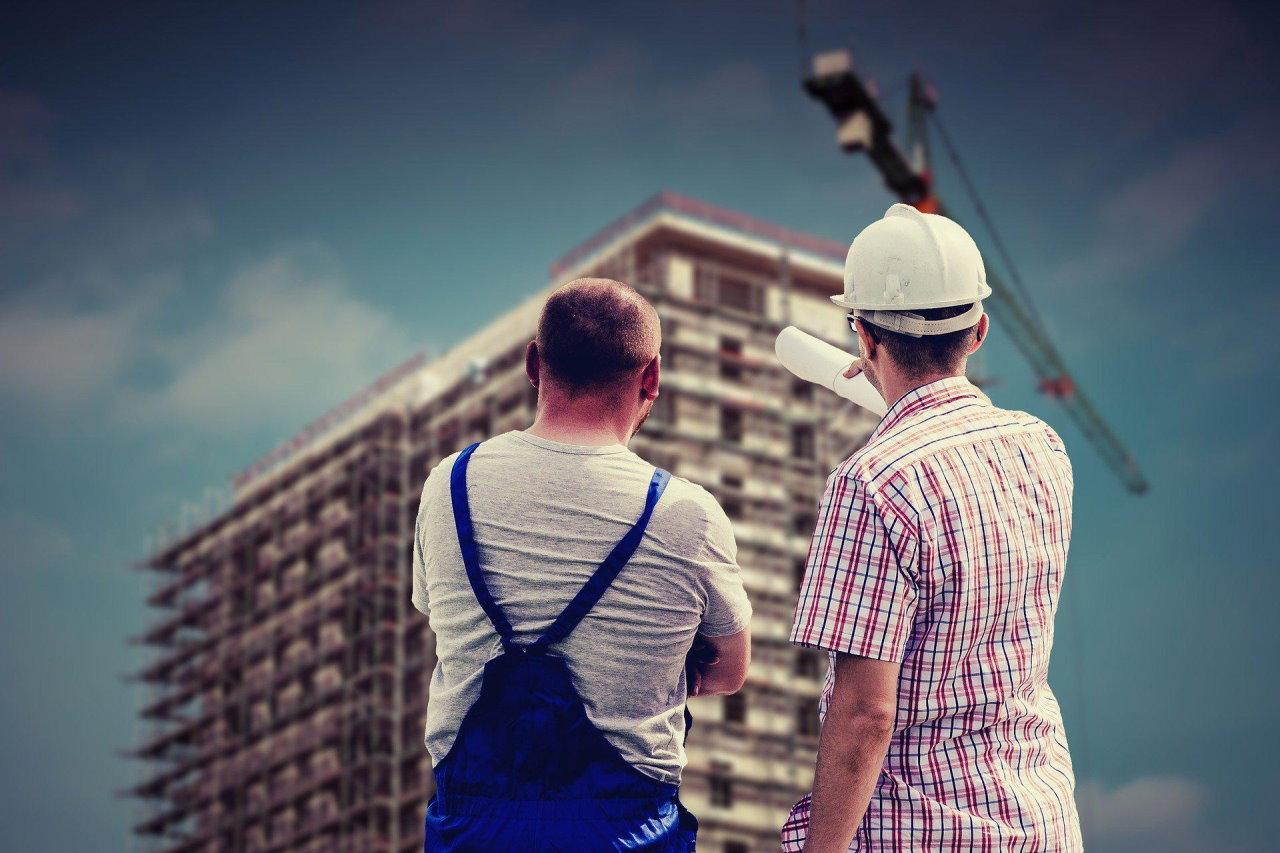 Praca na budowie – jak usprawnić prace budowlane?