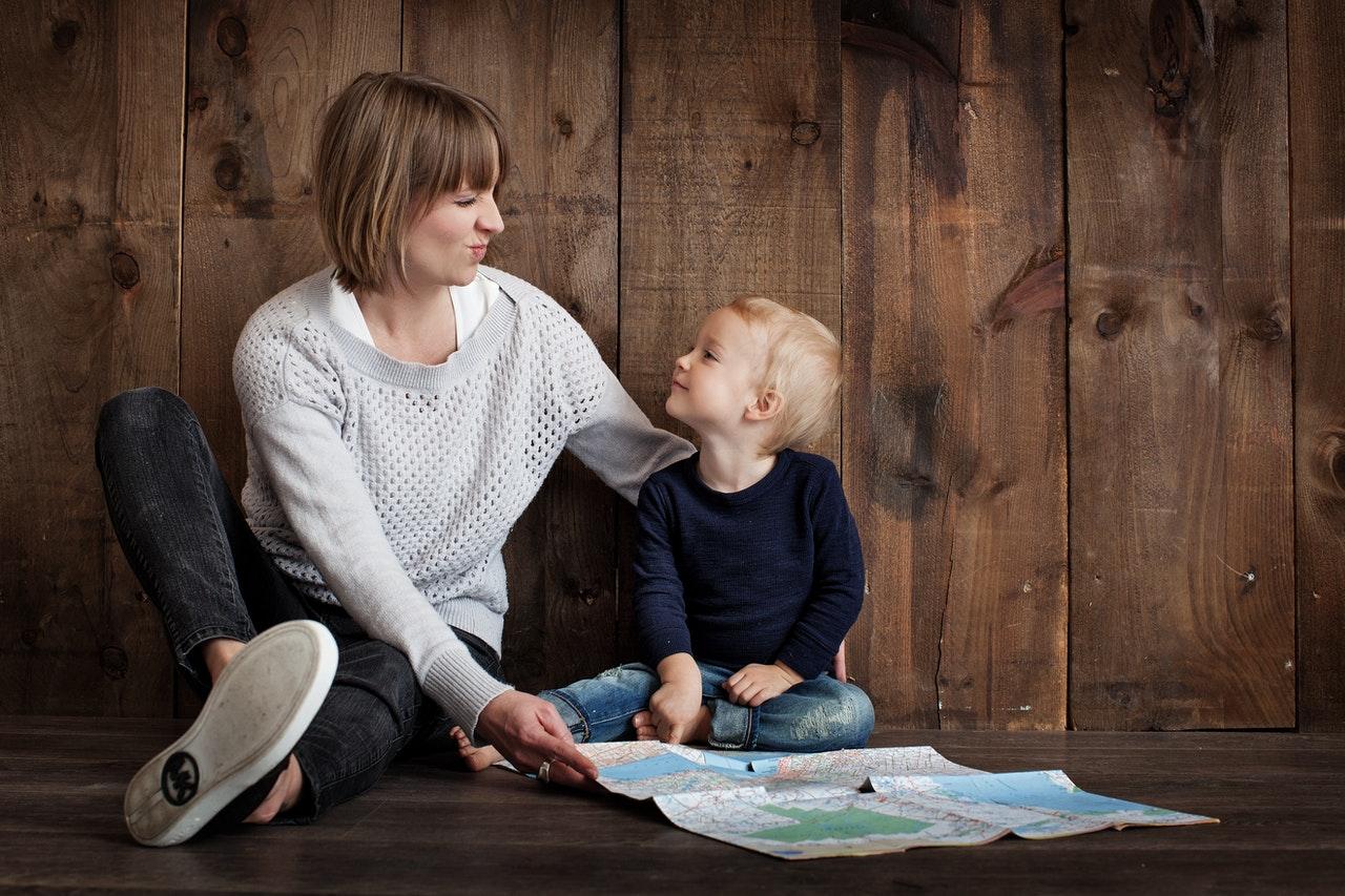 Czym się kierować przy wyborze aparatu słuchowego dla dziecka